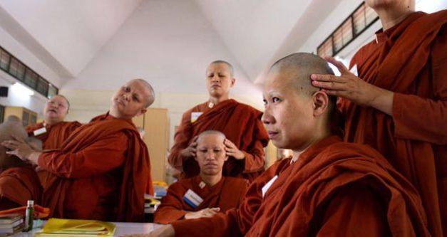 Tibetanska hormonalna gimnastika totalno pomlađuje tijelo – Trebate samo 5 minuta svako jutro!